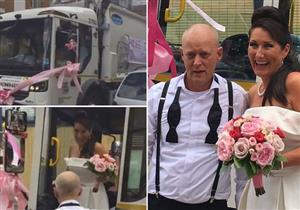 بالفيديو.. عروس تصل حفل زفافها بسيارة قمامة.. والسبب!