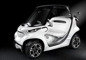بالفيديو.. مرسيدس تستهدف لاعبي الجولف بهذه السيارة المبتكرة