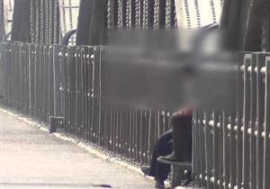 """والدة قتيل إمبابة تفجر مفاجأة في فيديو """"المباحث"""" لواقعة مقتله- فيديو"""