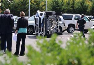بالفيديو.. امرأة تحطم سيارتها الجديدة قبل شرائها!