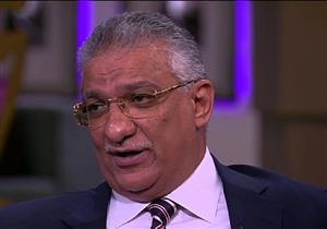 وزير التنمية المحلية يعلن راتبه على الهواء: الوزراء فقراء