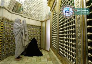 ما حكم الصلاة في مسجد به ضريح ؟