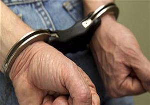 ضبط سائق بشركة الكهرباء انتحل صفة أمين شرطة للنصب على أهالي بولاق