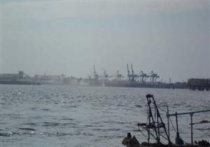 """أمطار """"عيد الميلاد"""" تغلق بوغاز مينائي الإسكندرية والدخيلة"""