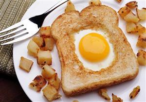 """6 نصائح تساعدك على العيش بصحة أفضل.. منها """"تناول البيض"""""""