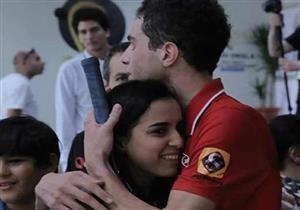 """بالفيديو .. لقطات من الانتصار التاريخي """" للزوج والزوجة"""" المصريان حديث العالم فى الأسكواش"""