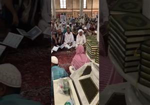 بالفيديو.. معتمر مصري يبهر نشطاء وزوار المسجد النبوي.. فماذا فعل؟