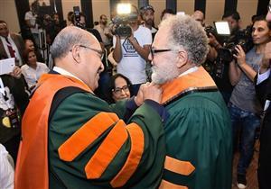 الفخراني والجسمي يحصلان على شهادة الدكتوراه الفخرية