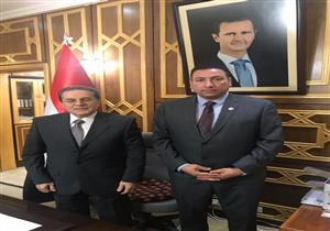 بالصور- نقيب الصيادلة يلتقي رئيس الحكومة السورية في دمشق