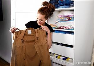 بالصور.. إمرأة ترتدي ملابس زوجها كل يوم.. كيف بدت؟