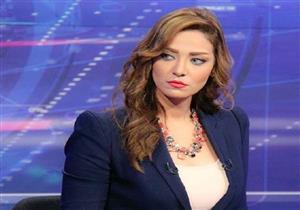 """إيقاف مذيعة """"extra news"""" بعد مشادتها مع عاصم الدسوقي"""