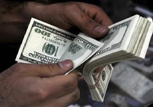 الدولار يرتفع للجلسة الخامسة عالميا بفضل صعود عوائد السندات الأمريكية