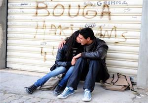 """تأكيد حبس """"صاحبي القبلة"""" في تونس بتهمة """"خدش الحياء العام"""""""