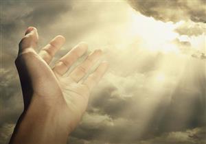 أمرنا الله تعالى الإستعانة بشيئين عظيمين ما هما ؟
