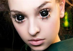 استخدام العدسات اللاصقة التنكرية قد يفقد البصر