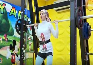 """أول لاعبة محجبة تمثل مصر في مونديال العالم في بطولة كمال الأجسام: """"فرحتي اتكسرت"""""""