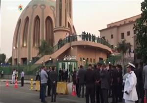 شهداء الواحات| استعدادات أمام مسجد الشرطة لاستقبال الجثامين