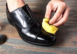 """6 استخدامات لـ""""الفازلين"""" ربما لا تعرفها.. منها """"ملمع أحذية ومزيل لبقع الملابس"""""""