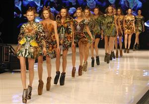 هل بدأ فك الارتباط بين الموضة والعارضات النحيفات؟