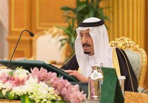 مسؤول سعودي: الملك سلمان لن يتنازل عن العرش لولي العهد