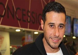 """أحمد السعدني يعلق على مطربة"""" عندي ظروف"""".. فما علاقة شيرين؟"""