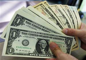 حاكم مصرف لبنان: استقالة الحريري رفعت الطلب على شراء الدولار