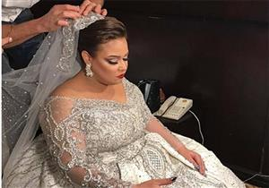 """""""مصراوي"""" يكشف عن الصور الأولى لـ""""ويزو"""" بفستان الزفاف"""