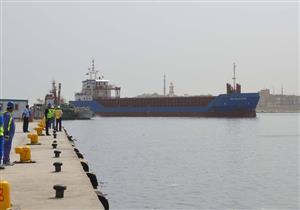 """توقف الملاحة في ميناء """"البرلس"""" بسبب سوء الأحوال الجوية"""