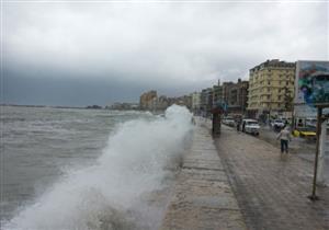 الطقس السيئ يغلق بوغازي الإسكندرية والدخيلة