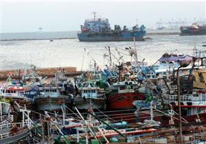 توقف العمل بميناء صيد بورسعيد لليوم الثاني لسوء الأحوال الجوية