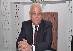 محافظ بورسعيد يؤكد أهمية تسهيل الإجراءات للمستثمرين المتعثرين