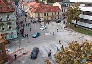 بالفيديو – كيف ساهم التخلص من إشارات المرور في تقليل الحوادث في أوروبا