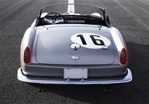 بالصور.. سيارة فيراري GT-250 الكلاسيكية للبيع بـ295 مليون جنيه