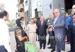 بلاغ تجريبي عن سطو مسلح على البنك الأهلي بدمياط (صور)