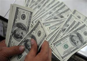 الدولار ينخفض قرشا واحدا في أبوظبي الإسلامي ويستقر في 9 بنوك