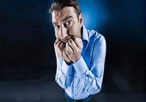 """""""حمى الكابينة""""حالة نفسية يسببها العزل المنزلي.. هل تعاني منها؟"""
