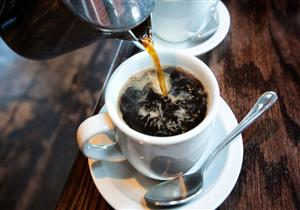 """""""ليس لحمل الأشياء"""".. تعرف على الوظيفة الحقيقية لطبق فنجان القهوة"""