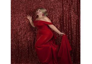 """بالصور- ياسمين الخطيب بالفستان الأحمر في """"الفلانتين"""".. ومصمم أزياء ينتقدها"""""""