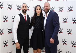 """بالصور:  """"WWE"""" للمصارعة الحرة  يتعاقد مع أول بطل كويتى و إمراءة عربية"""
