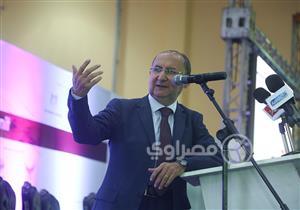 """كيف تكون """"المواصلات العامة"""" وسيلة لحل أزمة المرور في مصر؟"""