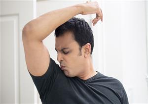 قبل بدء الموجة الحارة.. 6 طرق طبيعية تخلصك من رائحة العرق الكريهة