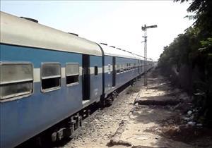 مصرع شاب سقط أسفل قطار في المنيا