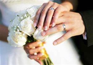 """زواج صالونات انتهى بطلب تطليق بعد شهرين: طلعت شهرتها """"أم حضن حنين"""""""