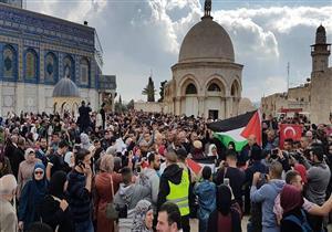 فيديو .. اشتباكات بين الفلسطينيين وقوات الاحتلال في الخليل