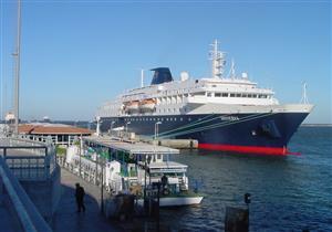 ميناء غرب بورسعيد يستقبل سفينة سياحية على متنها 651 راكبا