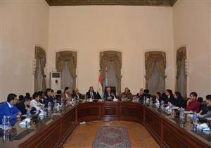 وزير التعليم يجتمع مع الطلاب لأول مرة لمناقشتهم في النظام التعليمي الجديد -(صور)