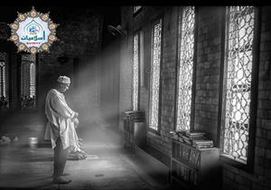 ماذا يفعل المُصلي إذا سمع اسم النبي أثناء الصلاة؟