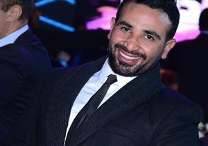 أحمد سعد يغازل سمية الخشاب : يا لهوي علي القمر