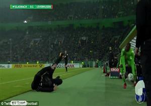 سقوط كوميدي لمدرب ليفركوزن أمام مونشنجلادباخ بكأس ألمانيا