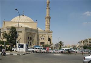 تشييع جثمان الكاتب الراحل صلاح عيسى إلى مثواه الأخير